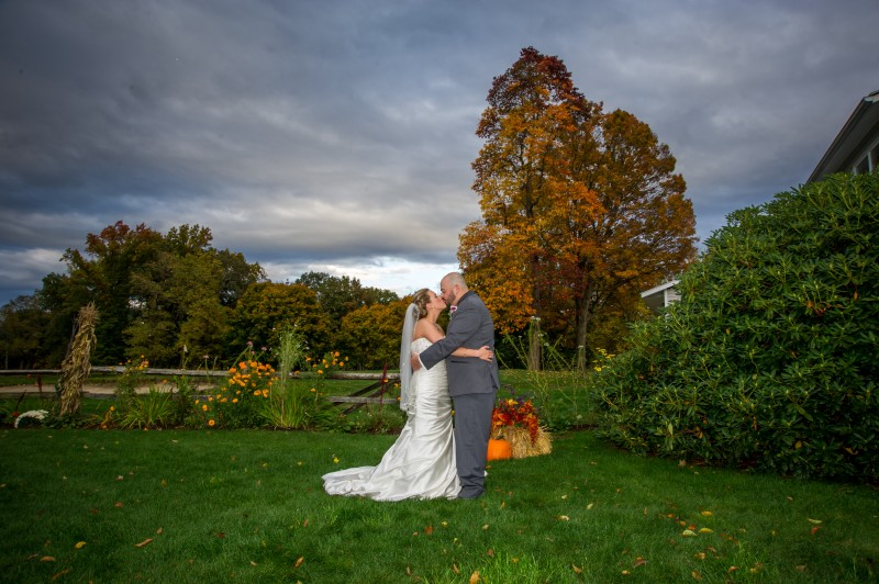 Tekoa Country Club wedding photo